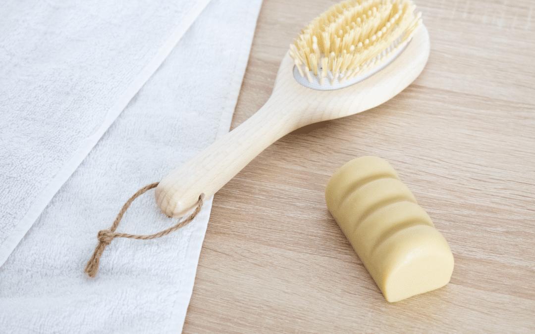 Pourquoi et comment utiliser un après-shampoing solide et bio